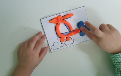 Brincando com os transportes e plasticina- Jardim de Infância Os Amiguinhos Terlu
