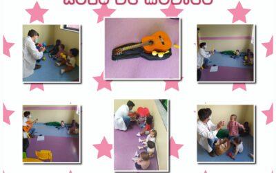 A aula de música da Sala dos Porquinhos!